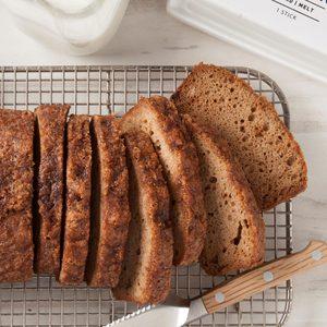 Applesauce Cinnamon Bread