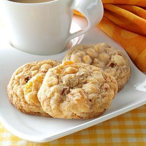 Apricot Almond Blondies