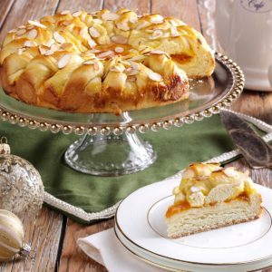Apricot Twist Coffee Cake