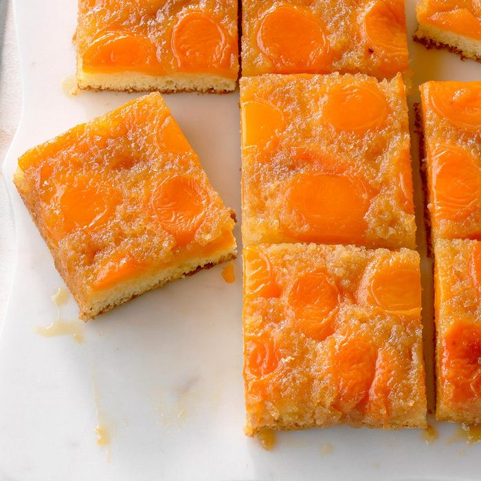 Apricot Upside Down Cake Exps Gbdbz20 12970 B01 08 6b 7
