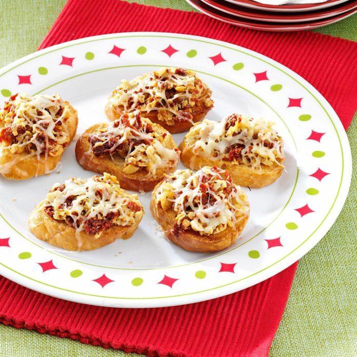 Artichoke and Sun-Dried Tomato Bruschetta