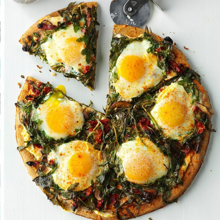 Arugula Mushroom Breakfast Pizza Exps Hck17 192796 D08 23 6b 1