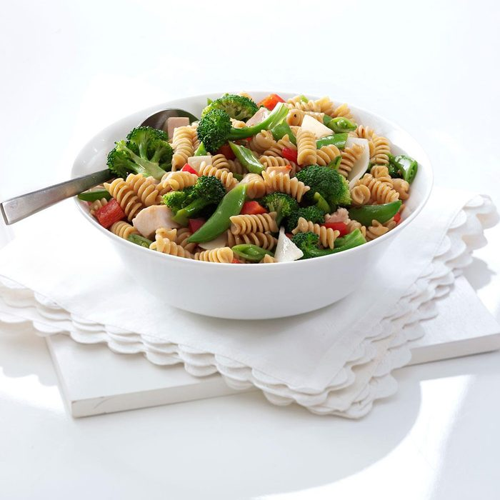Asian Chicken Pasta Salad Exps102890 Thhc1997845c01 18 1bc Rms 4