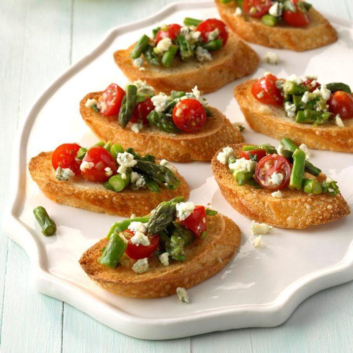 Appetizer Course: Asparagus Bruschetta