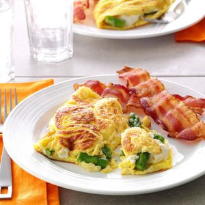 Asparagus Cream Cheese Omelet
