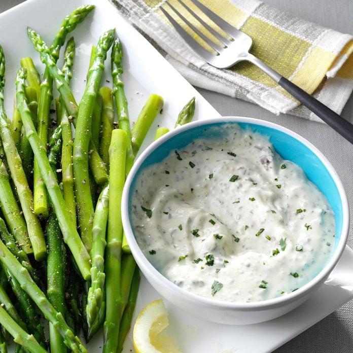 Party-Ready Easter Buffet: Asparagus with Fresh Basil Sauce