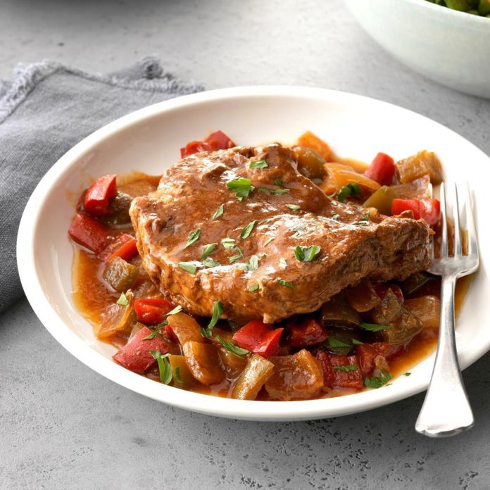 Slow Cooker Dinners: 56 Dump Dinners For Your Slow Cooker