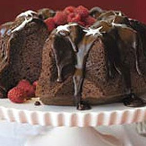 BREAKSTONE'S Triple Chocolate Bliss Cake