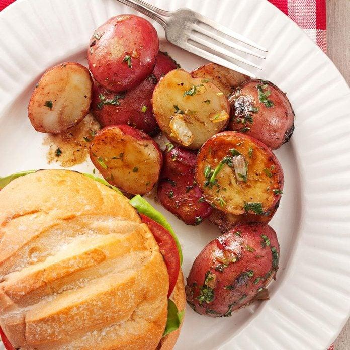 Backyard Red Potato Salad Exps94256 Th1999636a02 09 3bc Rms 2