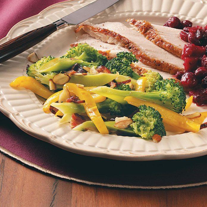 Bacon-Almond Broccoli Medley