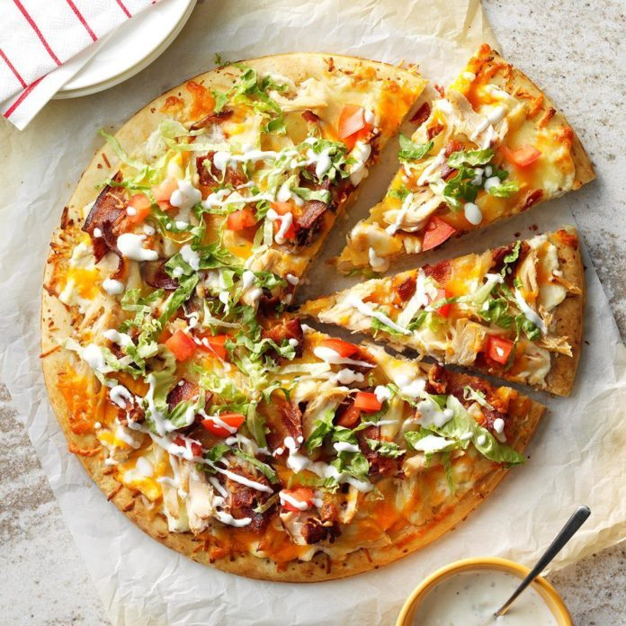 Bacon-Chicken Club Pizza