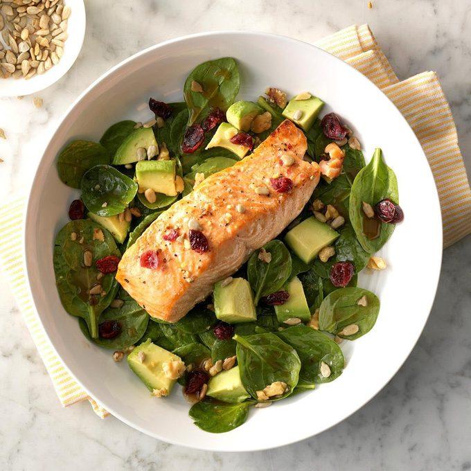 Balsamic Salmon Spinach Salad Exps Sdjj19 47690 C02 05 5b 5