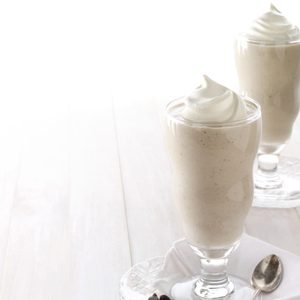Banana-Almond Milk Shakes