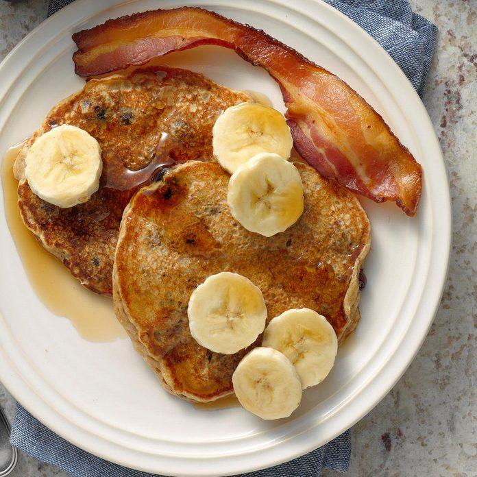 Banana Blueberry Pancakes Exps Bmz20 32350 B10 25 2b 2
