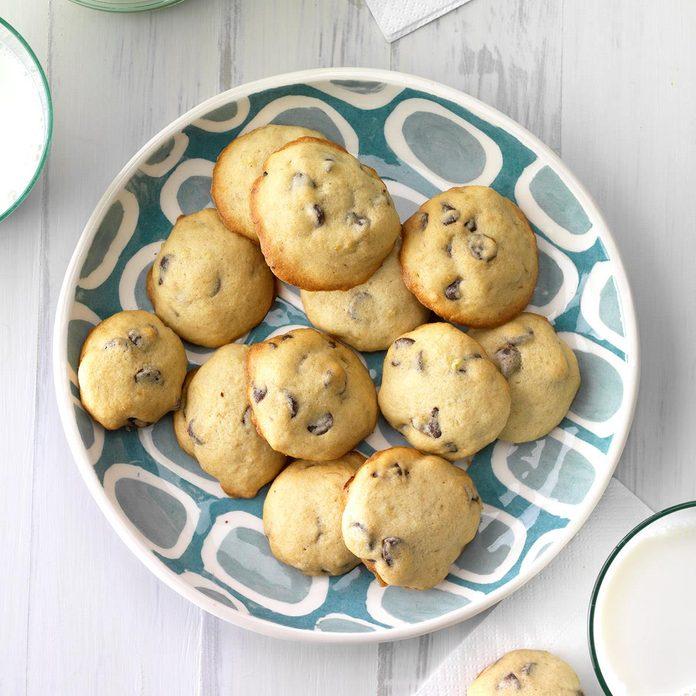 Banana Chocolate Chip Cookies Exps Hrbz17 27195 C09 01 2b 2