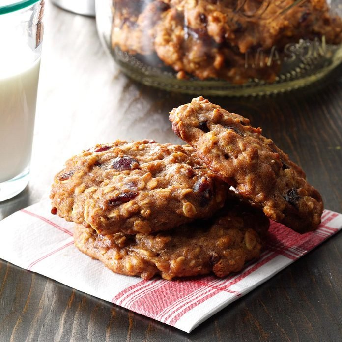 Banana Oat Breakfast Cookie Exps Bbbz16 51566 07a 07 5b 2