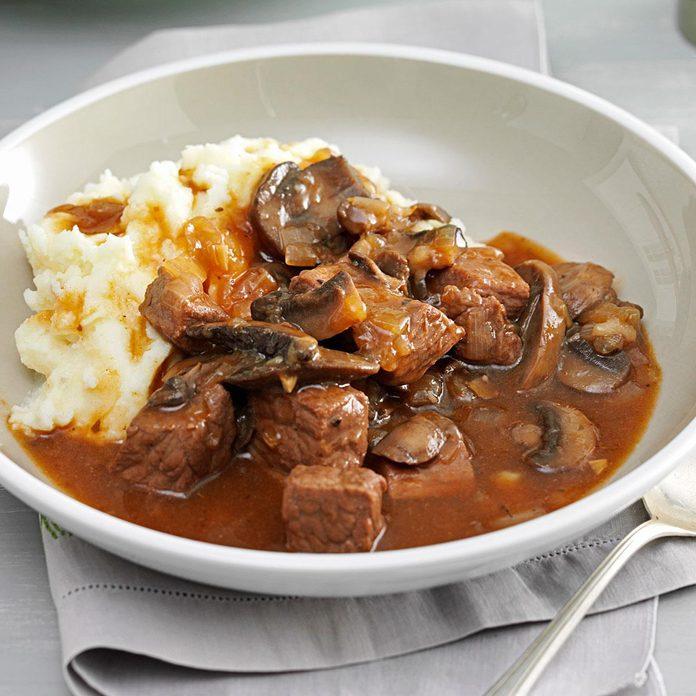 Beef Mushroom Braised Stew Exps133446 Th132767b05 02 9bc Rms 4