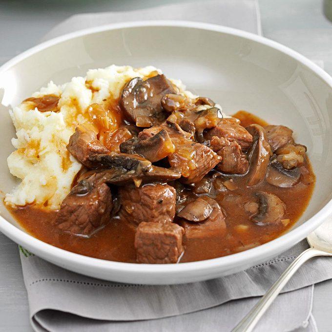 Beef Mushroom Braised Stew Exps133446 Th132767b05 02 9bc Rms