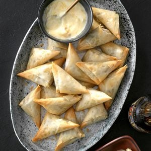 Beef Triangles & Chutney Dip