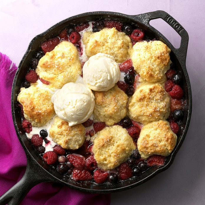 Berry Bliss Cobbler