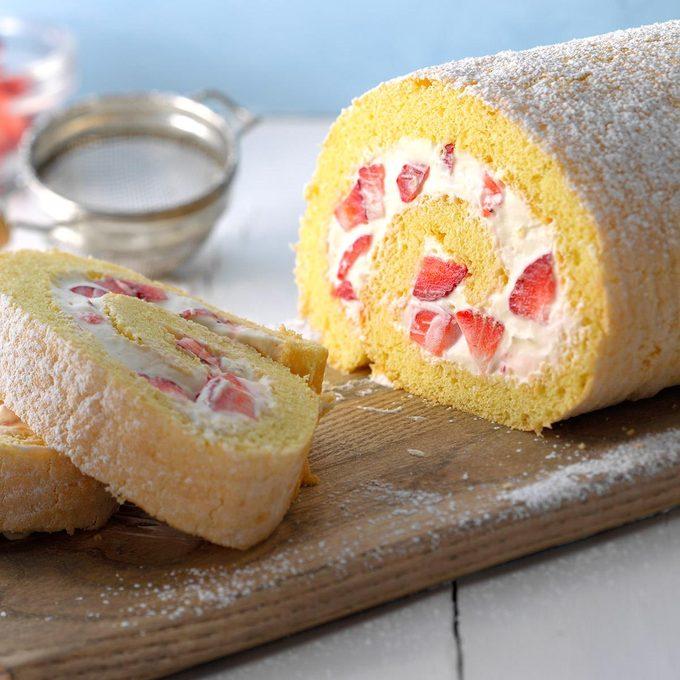 Berry Pinwheel Cake Exps Cwam17 25503 B12 13 2b 1
