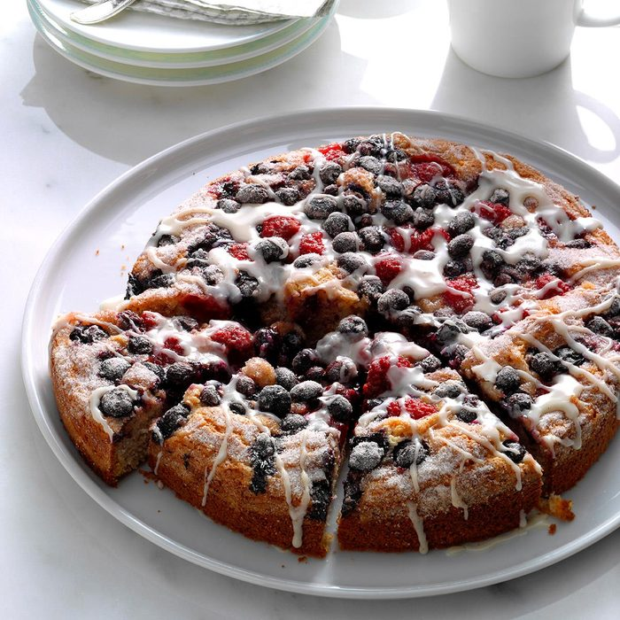 Berry Topped Coffee Cake Exps Hck17 104568 B08 24 5b 6