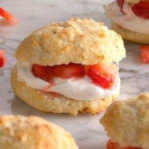 Biscuit Strawberry Shortcake