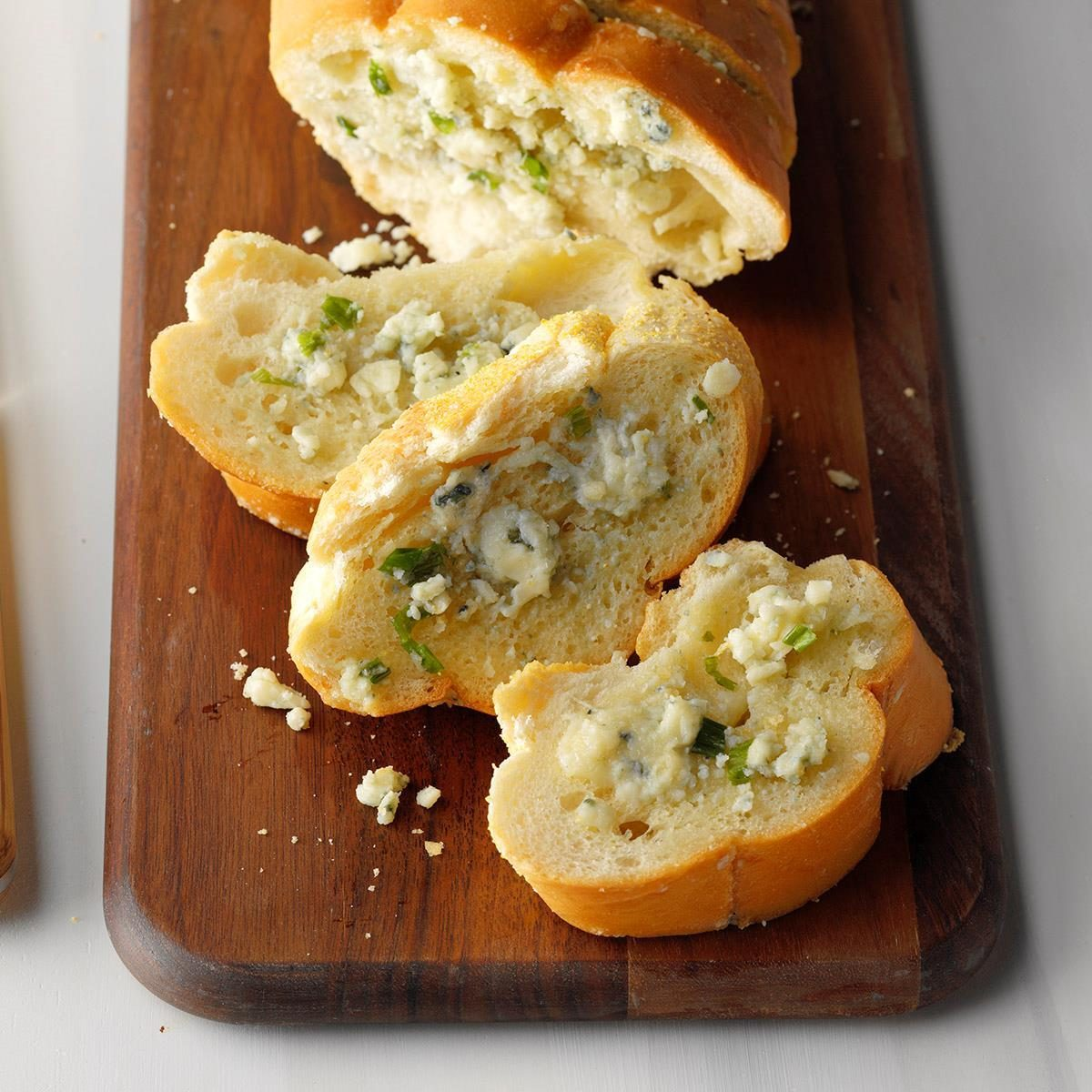 Blue Cheese Garlic Bread Recipe | Taste of Home