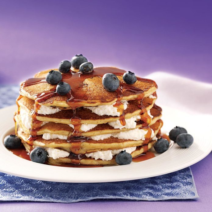 Blueberry Cheesecake Flapjacks