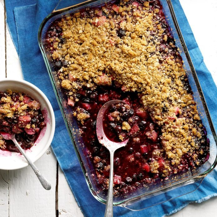 Day 15: Blueberry-Rhubarb Crumble