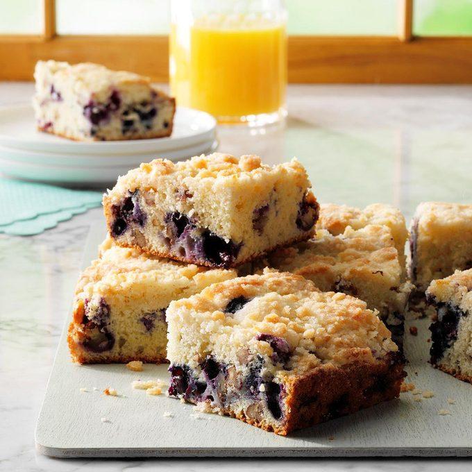 Blueberry Streusel Coffee Cake Exps Ghbz18 1827 E08 15 9b 9