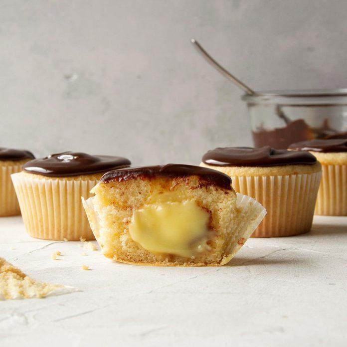 Boston: Boston Cream Pie