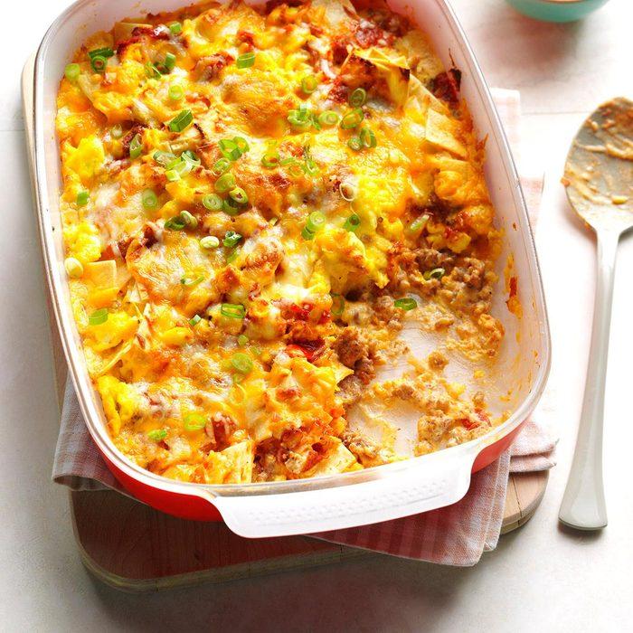 Breakfast Burrito Casserole Exps Bbbz16 77315 05b 26 1b 4