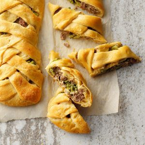 Broccoli Beef Braids