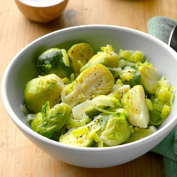 Brussels Sprouts With Leeks Exps Cf2bz20 39867 B12 10 2b 17