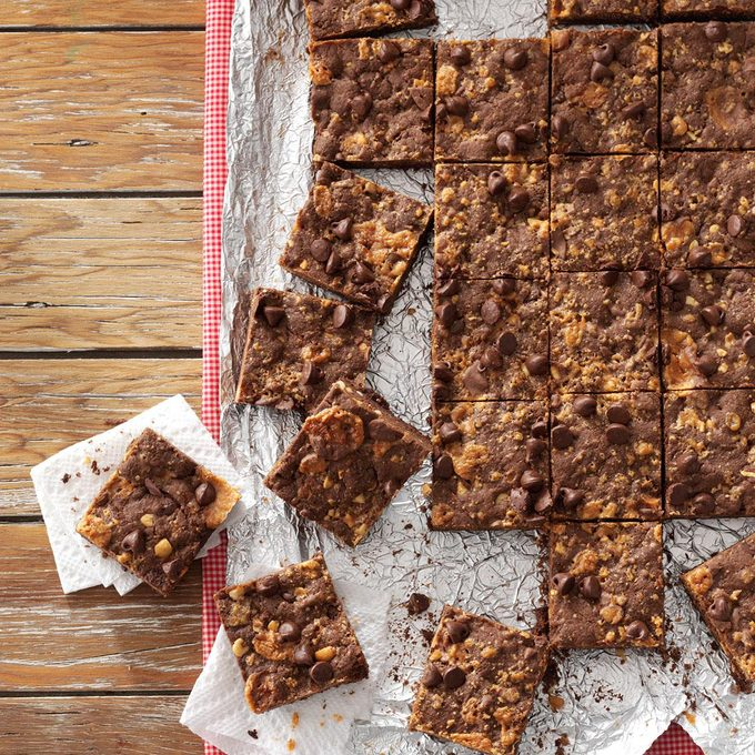 Butterfinger Cookie Bars Exps121859 Sd132778c04 10 1bc Rms