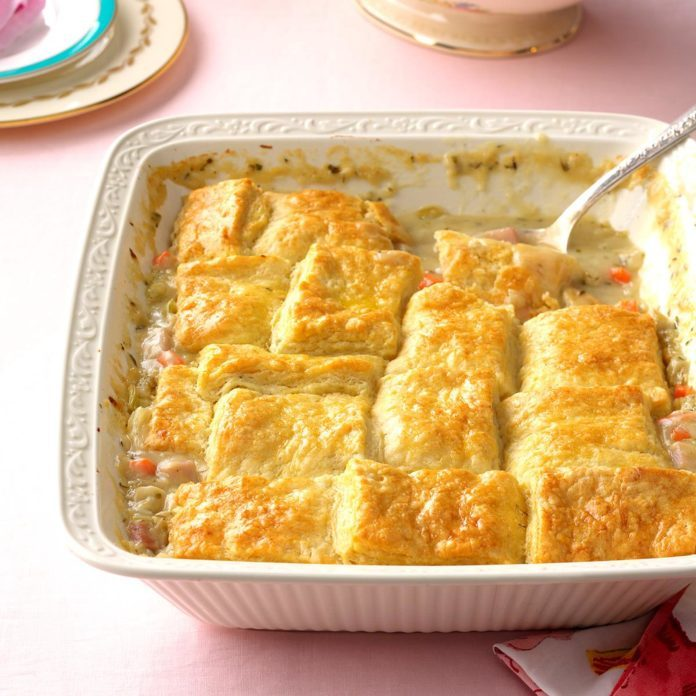 Buttermilk Biscuit Ham Potpie