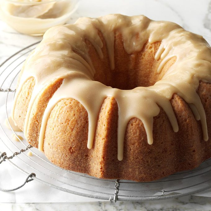 Buttermilk Cake With Caramel Icing Exps Cwfm17 38027 C10 11 2b 12