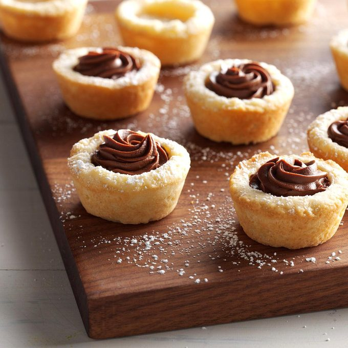Buttery Ganache Cookie Cups Exps Cbz16 189913 C05 11 1b 2