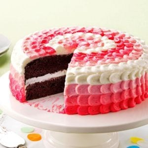 Cake with Buttercream Decorating Frosting