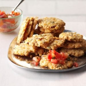 Caliente Christmas Cheese Crisps