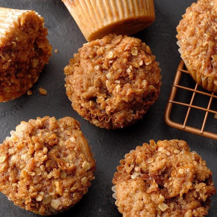 Caramel Apple Muffins Exps Fbmz18 31175 B05 09 4b 4