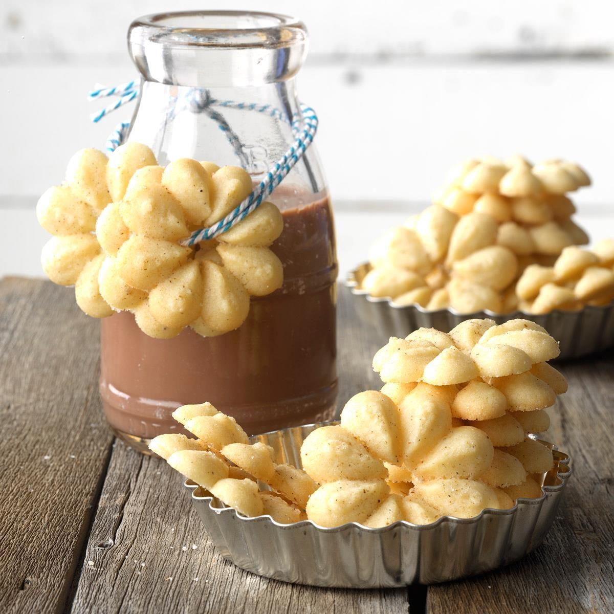 1960s: Spritz Cookies