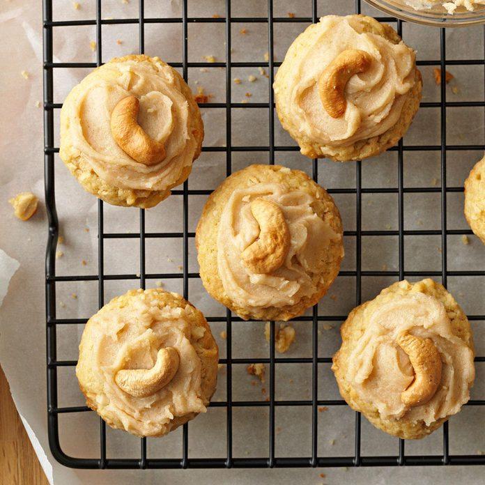 Cashew Cookies Exps7581 Cc2860595b05 15 7b Rms 1