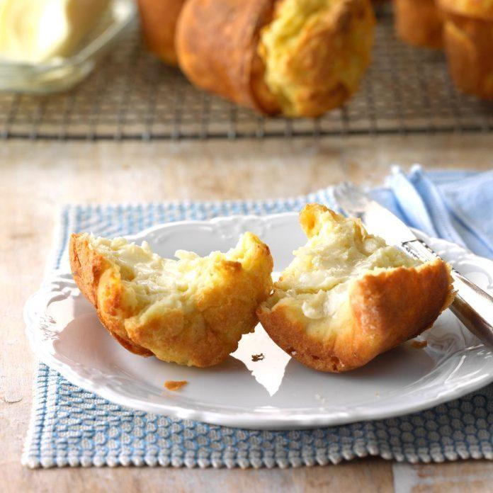 Onions: Celery-Onion Popovers
