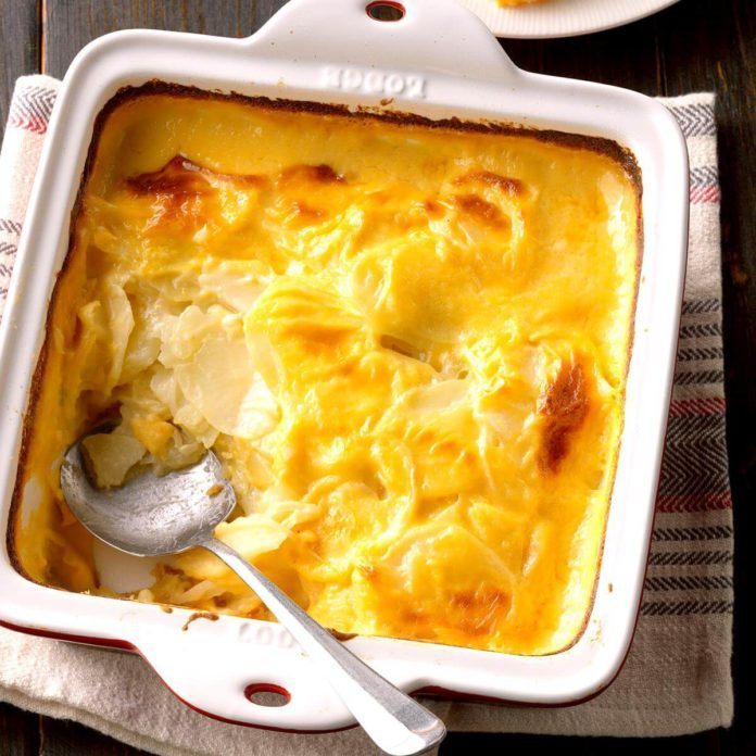 Cheddar Scalloped Potatoes