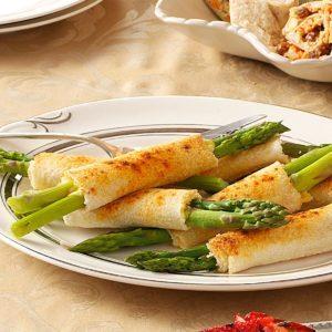 Cheese Asparagus Roll-Ups