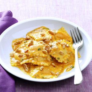 Cheese Ravioli with Pumpkin Alfredo Sauce