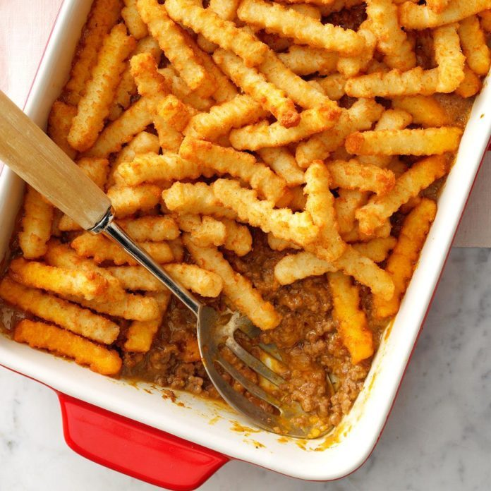Cheeseburger n' fries casserole