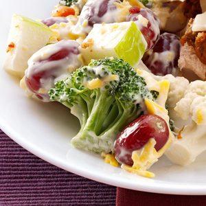 Cheesy Broccoli-Apple Salad